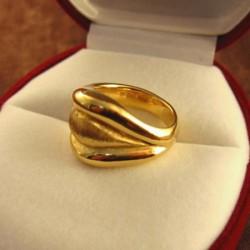 ゴールドのリング・18金